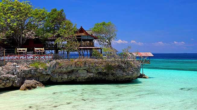 Pantai Rowo Indah